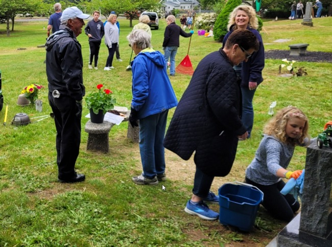 Click to find out more about Cromwell Cemetery 2018 Annual Clean Up Day